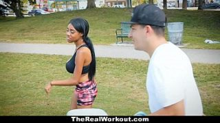 TheRealWorkout – Curvy Ebony (Brittany White) ขี่ Cock สีขาวหลังจากออกกำลังกาย